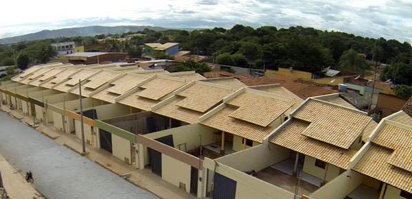 Vista Aerea de Casas Planas em construção